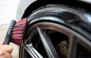Cleaning car tires at home
